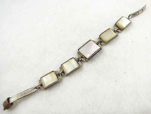 Bracelets - Mother-of-Pearl Link Buckle Bracelet