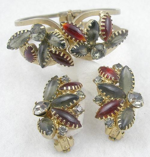 Sets & Parures - Gray and Red Navette Clamper Bracelet Set