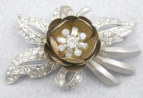 Newly Added Rhinestone Trembler Flower Brooch