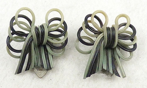 Bakelite, Celluloid, Galalith - Celluloid Bow Dress Clips