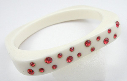 Newly Added Off-White Plastic Bangle with Red Rhinestones