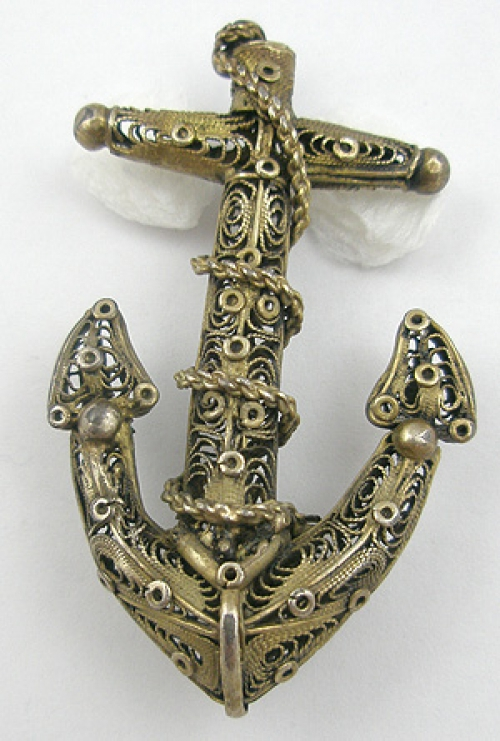 Figural Jewelry - Objects & Things - Victorian Filigree Anchor Brooch