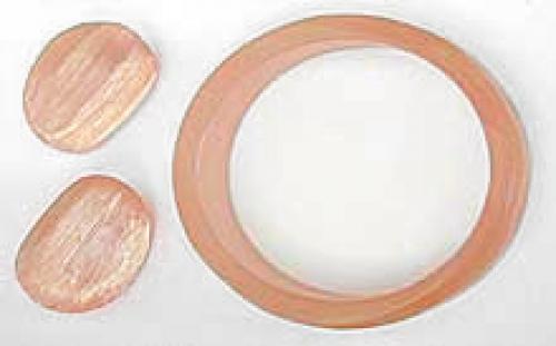 Sets & Parures - Peach Lucite Bangle Set