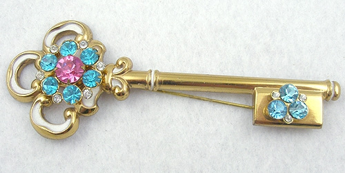 Brooches - Coro Adolph Katz Key Brooch