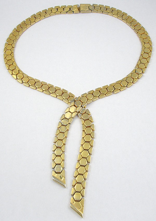 Trend 2020: Lariat Necklaces - Trifari Honeycomb Tessellated Necklace