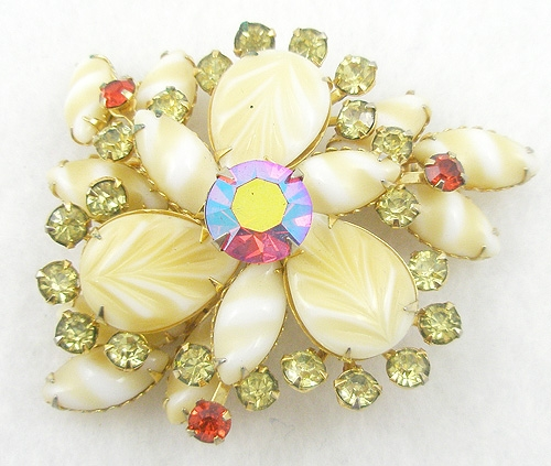 Brooches - Yellow Art Glass Brooch