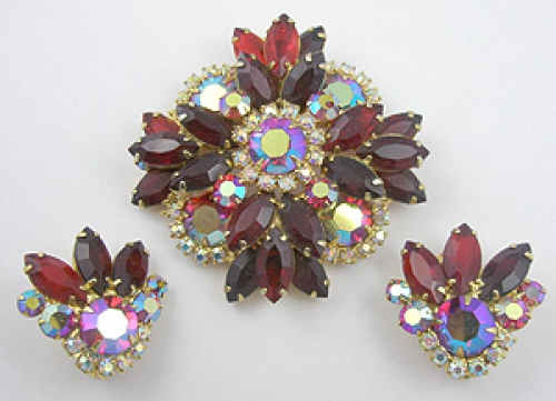 Sets & Parures - DeLizza & Elster Red Rhinestone Brooch Set