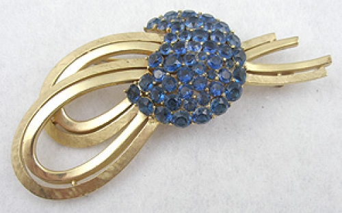 Brooches - Trifari Blue Rhinestone Ribbon Brooch