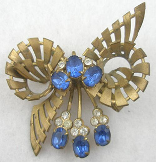 Brooches - Striped Gold Plated Bow Brooch