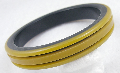 Newly Added Laminated Caramel & Black Bakelite Bangle
