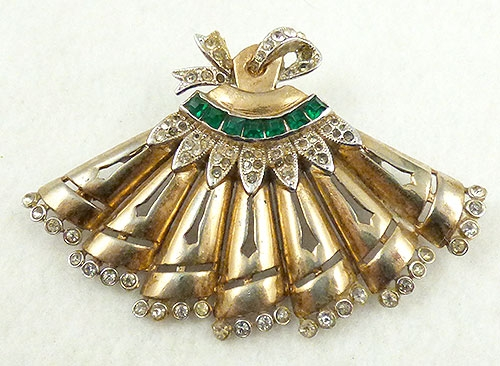 Figural Jewelry - Objects & Things - Gold Plated Invisible Emerald Fan Brooch