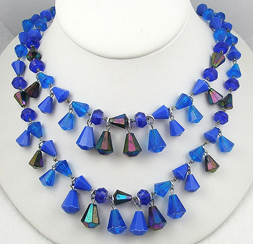 Pantone Color of the Year 2020 - Vintage Germany Vibrant Blue Bead Necklace
