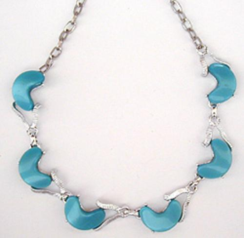 On Sale! 40% OFF sale Items - Turquoise Thermoset Plastic Link Necklace