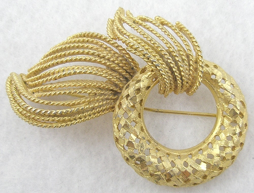 Brooches - B.S.K. Golden Wreath Brooch