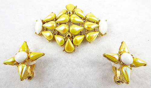 Summer Hot Colors Jewelry - Iridescent Canary Yellow Glass Brooch Set