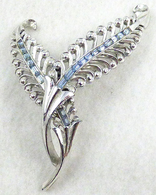 Leaves & Plants - Corocraft Silver Leaves Brooch