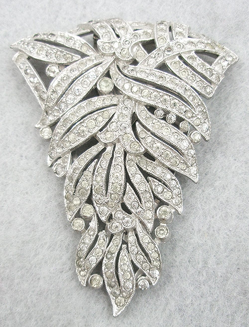 Trifari - Trifari Rhinestone Leaves Dress Clip