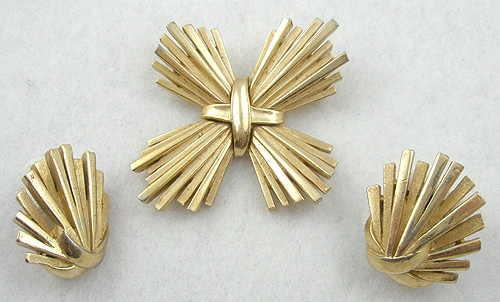 Maltese Crosses - Trifari Gold Tone Cross Brooch Set
