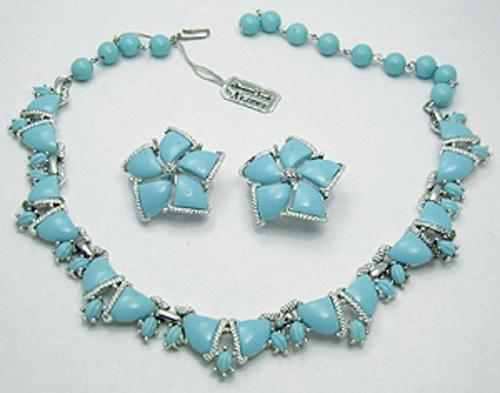 Kramer - Kramer Aqua Plastic Stone Necklace Set