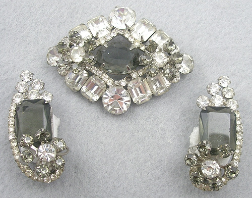 Sets & Parures - DeLizza & Elster Clear & Black Diamond Rhinestone Brooch Set