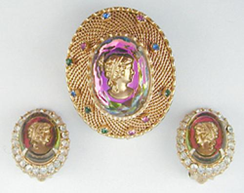 Cameos Intaglios Portraits - Glass Tourmaline Cameo Brooch Set