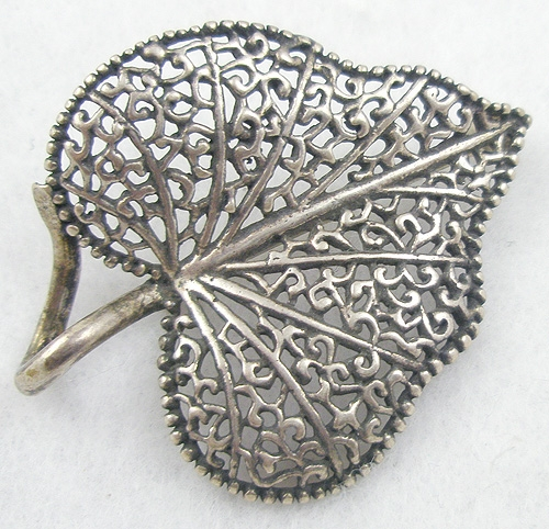 Leaves & Plants - Sterling Lacy Filigree Leaf Brooch