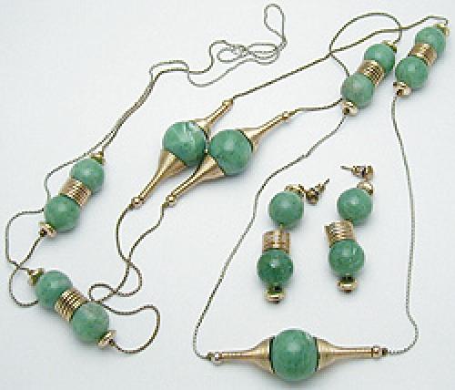 Sets & Parures - Faux Jade Bead Necklace