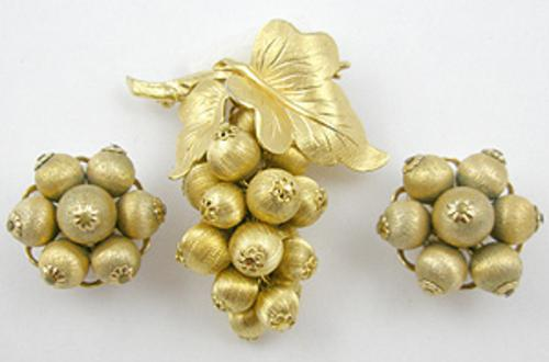 Napier - Napier Gold Grapes Brooch Set
