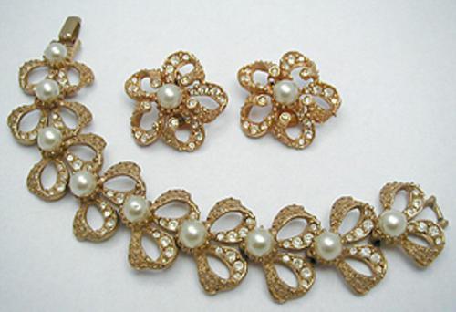 Sets & Parures - Hobe' Faux Pearl Ribbon Bracelet Set