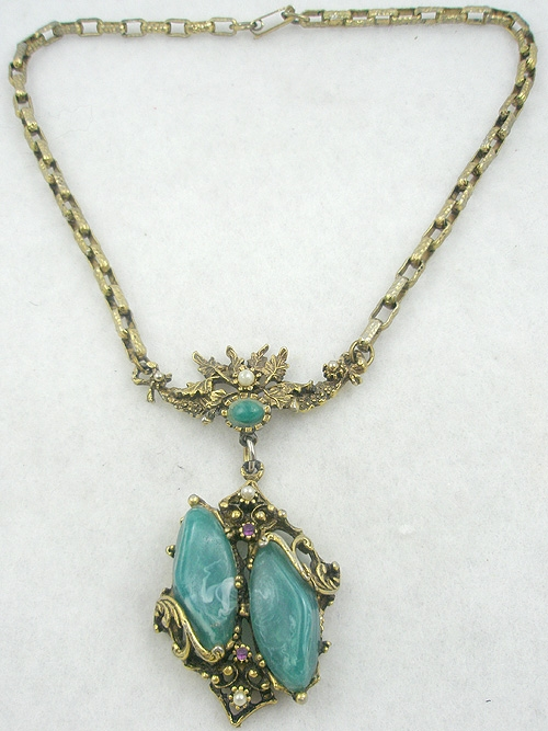 Necklaces - Victorian Revival Green Swirl Stone Necklace