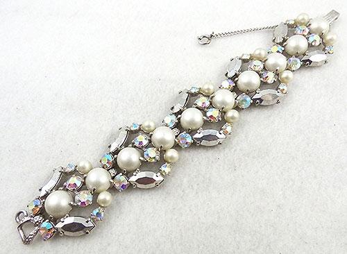Schiaparelli - Schiaparelli Faux Pearl Aurora Bracelet