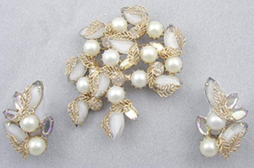 Sets & Parures - Kramer Givre Glass Pearl Brooch Set