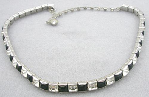 Necklaces - Art Deco Style Rhinestone Line Necklace