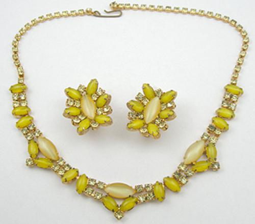 Sets & Parures - Yellow Glass Moonstone Necklace Set