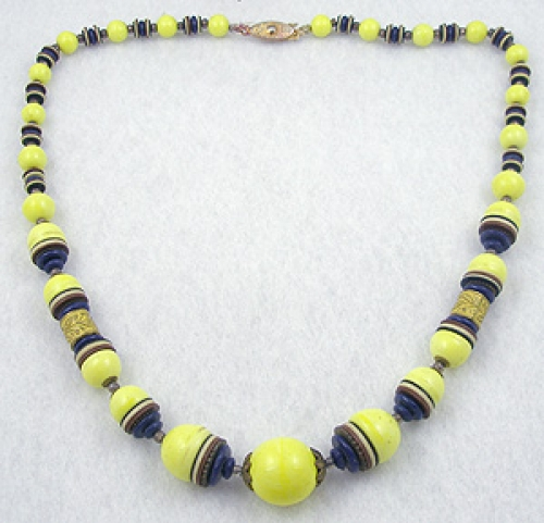 Necklaces - Art Deco Yellow Glass Bead Necklace