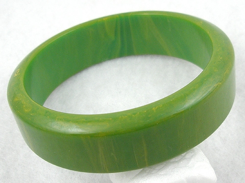 Bracelets - Lemon-Lime Bakelite Bangle