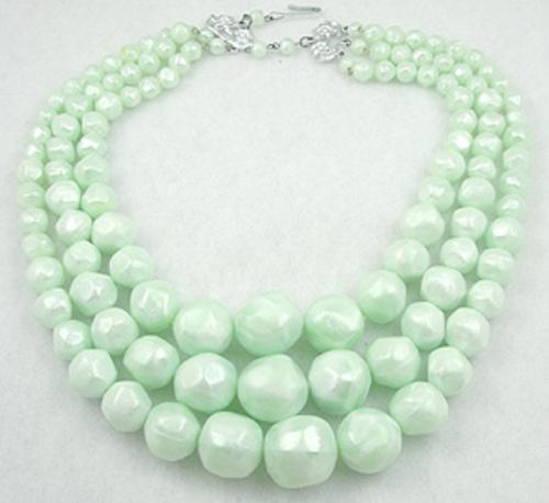 Necklaces - German Pale Green Plastic Beads Necklace