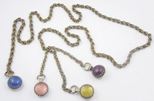 Trend 2020: Lariat Necklaces - Reversible Lucite Lariat Necklace