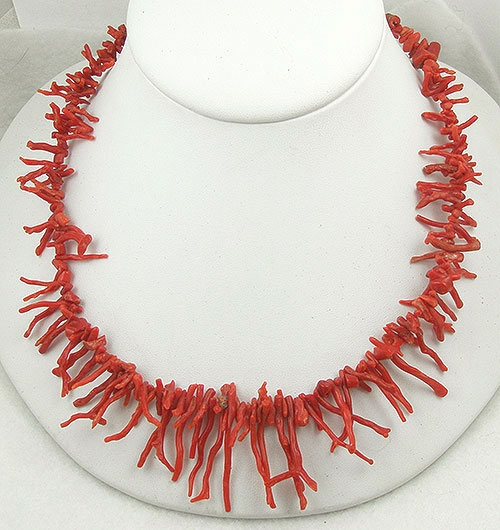 Ethnic & Boho - Vintage Red Branch Coral Necklace