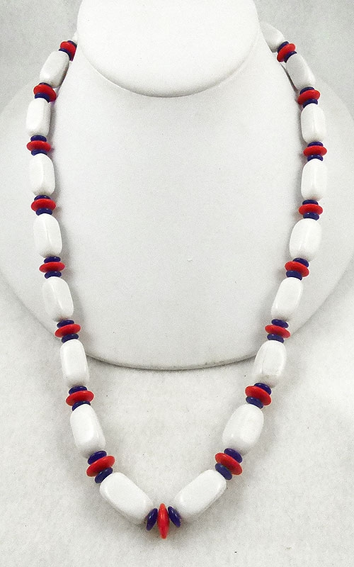 Patriotic Jewelry - Trifari Patriotic Bead Necklace