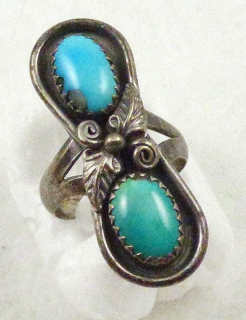 Ethnic & Boho - Navajo Turquoise Silver Ring