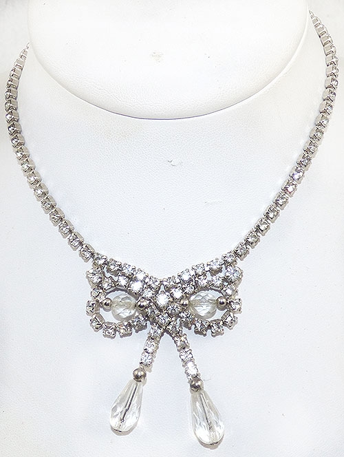 Newly Added Rhinestone and Crystal Bow Necklace