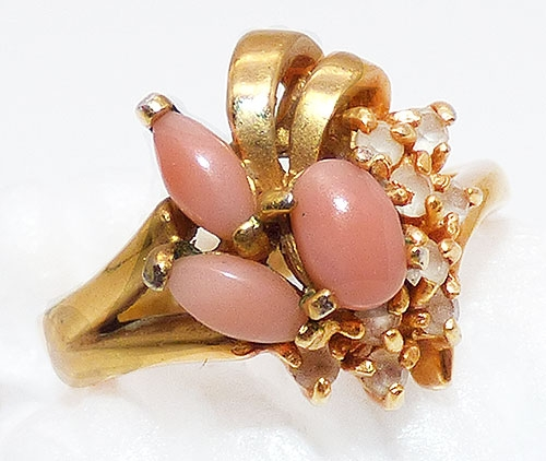 Newly Added Uncas Coral Glass Gold Plated Ring