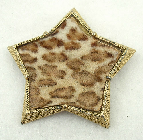 Trend 2020-2021: Stars! - B.S.K. Cheetah Fur Star Brooch