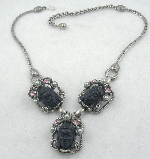 Selro/Selini - Selro Black Asian Princess Necklace