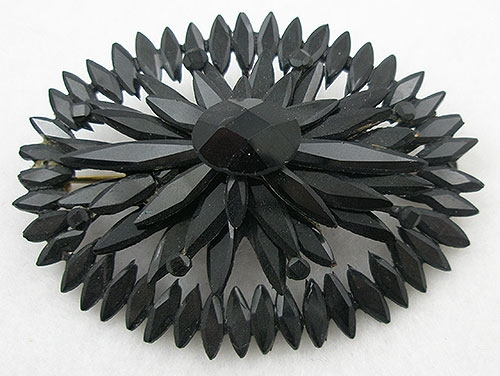 England - Victorian Black Vauxhall Glass Brooch