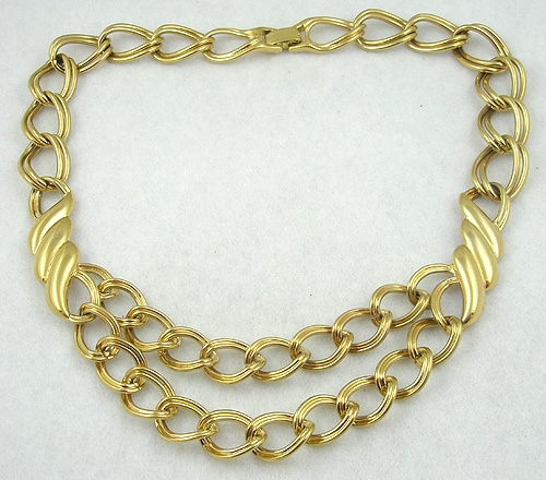 Trend 2020-2021: Chunky Chains - Monet Double Gold Chains Necklace
