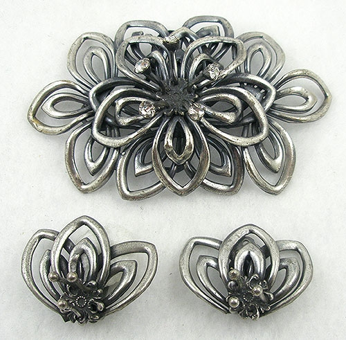 Sets & Parures - Joseff  of Hollywood Silver Lotus Flower Brooch Set