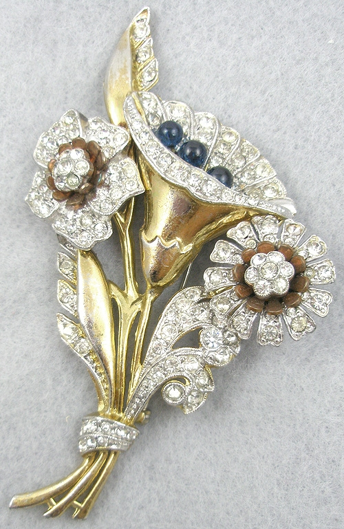 Brooches - 1940's Golden Rhinestone Floral Brooch