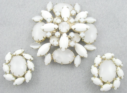 Caviness, Alice - Aiice Caviness White Moonstone Milk Glass Brooch Set